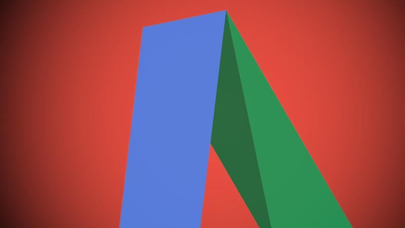 Google ukinil oglase v desnem stolpcu. Prve posledice že opazne.